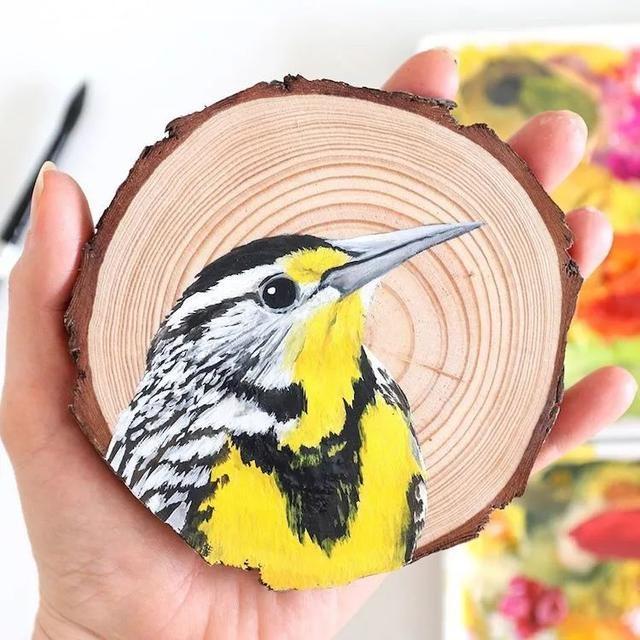 美女画家爱鸟成魔,100天的时间,画了100只鸟
